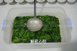 菠菜肉皮冻