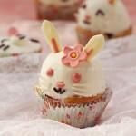 草莓杯子蛋糕(复活兔小蛋糕)