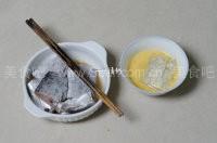 家庭版糖醋带鱼的做法
