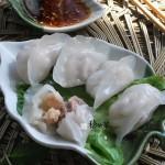 水晶虾仁蒸饺(薄可透亮的虾饺皮是如何炼成的)