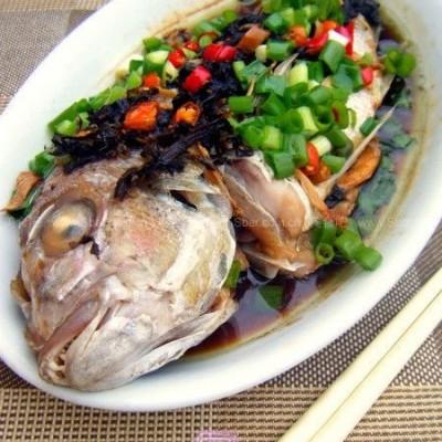 微波橄榄菜蒸鱼
