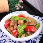 青椒炒草菇(十分钟搞定简单不减味的营养菜)