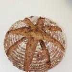 杂粮坚果面包