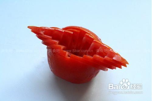 西红柿盘边装饰切法