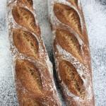 全麦棍子面包
