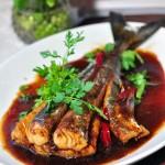 红烧鲅鱼尾(时令鲜鲅鱼的超简单最家常吃法)
