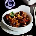 黄豆焖猪蹄(解馋的美容佳品)