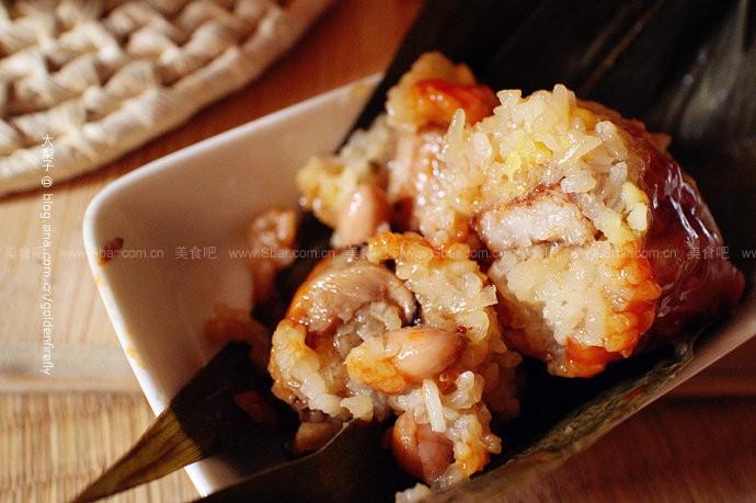 豆仁排骨香菇肉粽和豆沙粽子
