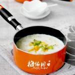 奶香水果燕麦粥(3分钟快速早餐)