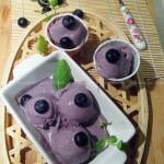 自制蓝莓冰激凌+香蕉船