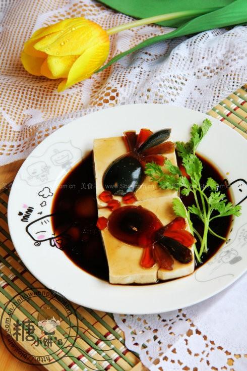 皮蛋豆腐-鱼戏