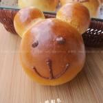 小熊肉松面包(早餐菜谱)
