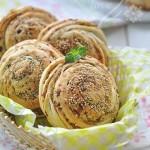 芹菜猪肉烤饼(早餐菜谱)
