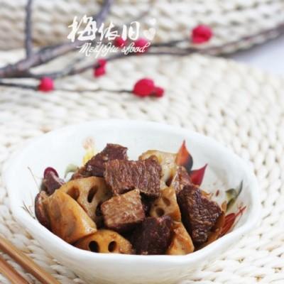 莲藕炖牛肉