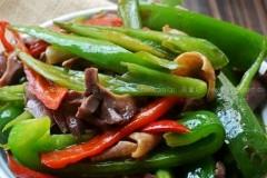 青红椒炒鸡胗