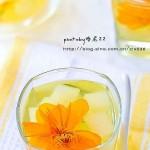 金莲花炖梨(秋季超有效的止咳润肺炖品)