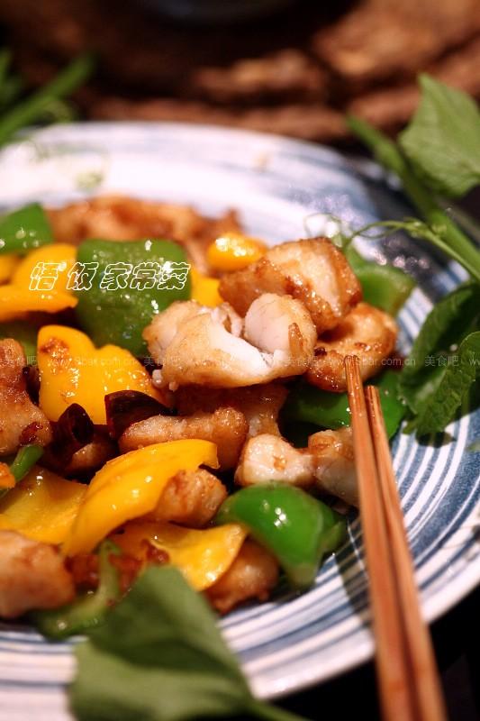 青椒炒鲈鱼