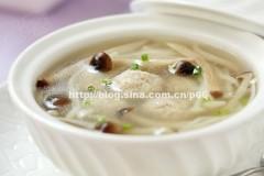 菌菇肉丸子汤