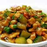 宫保鸡丁(四川特色传统名菜)
