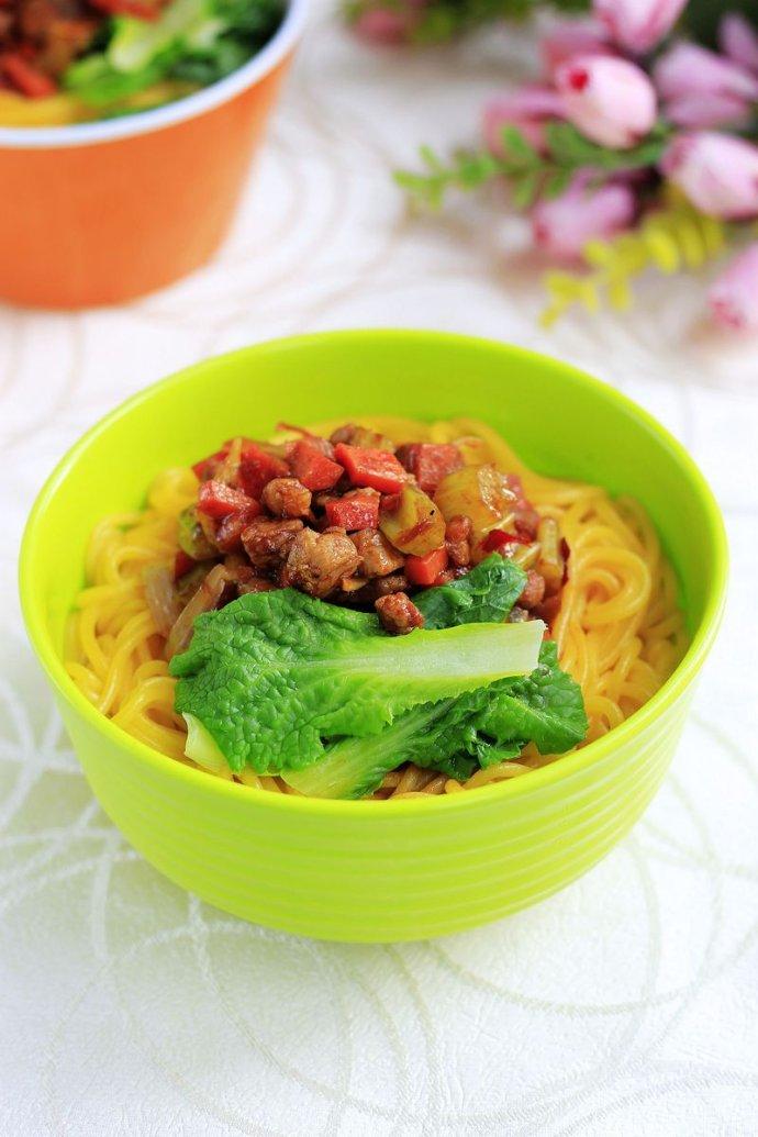 玉米面条的做法【图解】_玉米面条的家常做法_食谱做大滋好润发好味玉米图片