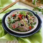 泰式酸辣牛肉(酸辣开胃增食欲的东南亚口味宴客菜)