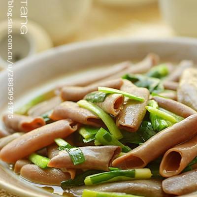 胶东名菜韭菜炒海肠