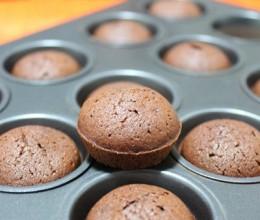 黑巧蛋糕仔