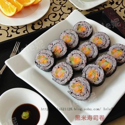 黑米寿司卷