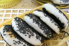 黑芝麻夹馅饼