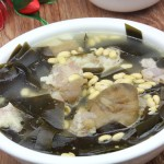 海带黄豆炖腊猪脚