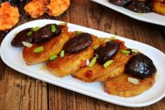辣味香菇烧素鸡