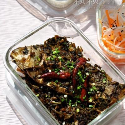 雪菜炆酥鲫鱼