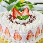 草莓酸奶慕斯蛋糕(甜品点心)