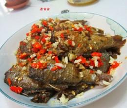 剁椒蒜米鲫鱼