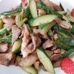 黄瓜炒瘦肉