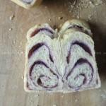 花样吐司(面包机版紫薯吐司)