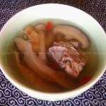 菌菇猪骨汤