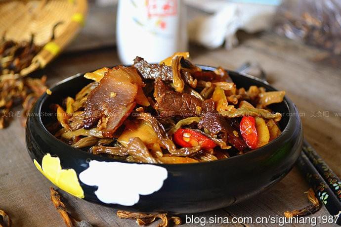 烟熏肉炒豆角干