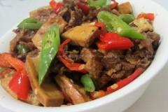 豆腐干炒鸭