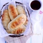 脆皮肠沙拉面包(早餐菜谱)