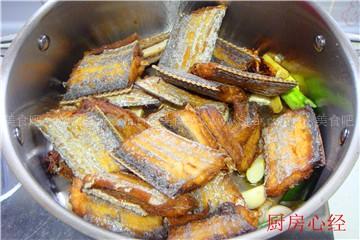 五香带鱼罐头