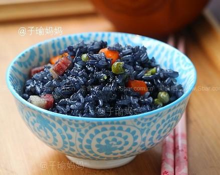 咸肉乌米饭、白糖花朵乌米饭、果仁乌米饭(立夏乌米饭)