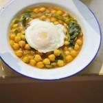 鹰嘴豆菠菜加蛋