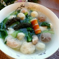 火鍋丸子海參青菜湯