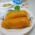 红萝卜汁土豆丝卷饼(早餐菜谱)