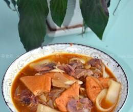 腊肉炖巴东豆干
