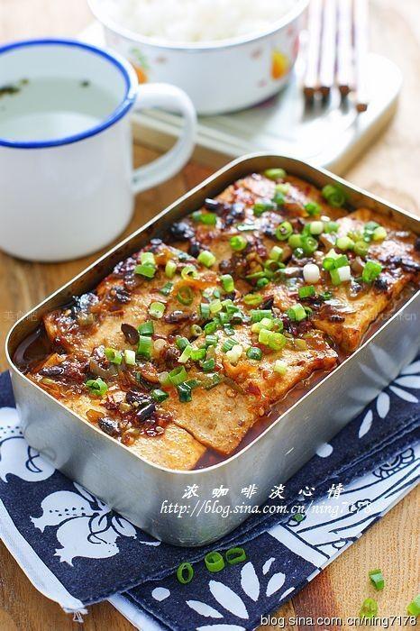 饭盒酱汁豆腐夹