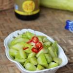 凉拌黄瓜(初夏时节的瘦身清爽凉拌菜)