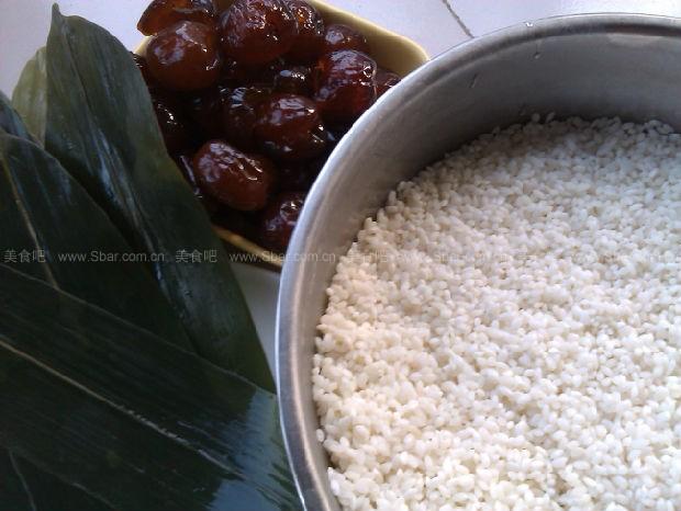 蜜枣糯米粽子