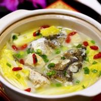 冻豆腐炖鱼头